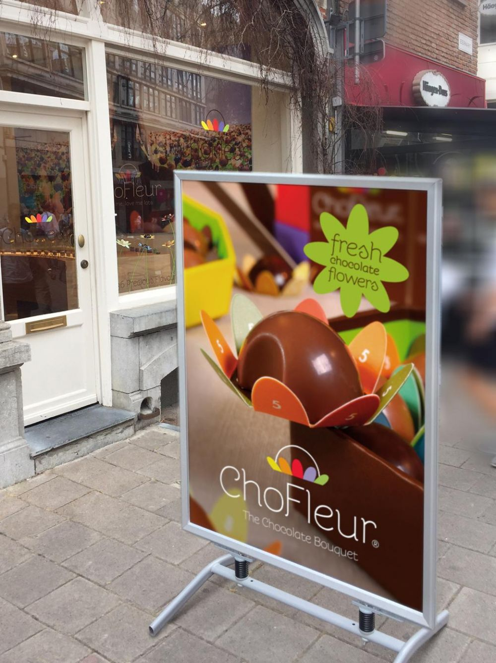 ChoFleur - Flavours to melt for - Pavement signs